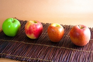 Best Apple Varieties for Baking - Make your apple recipes pop!