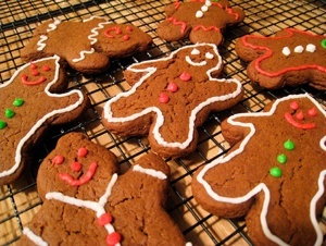 Vegan Gingerbread Cookie Buddies