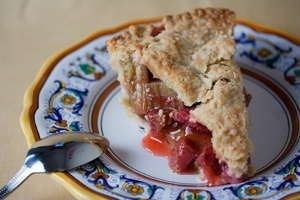 Vegan Strawberry Rhubarb Pie