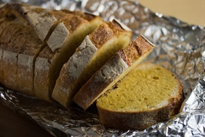 Vegan Garlic Tarragon Bread Spread