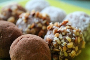 Vegan Raw Coconut Almond Truffle Recipe