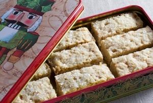 Buttery Vegan Shortbread Cookies